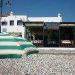 The restaurant seen from the beach