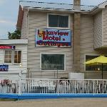 Lakeview Motel & Cottages