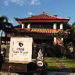 Front view of Inna Kuta Hotel