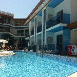 poolside - swim up balcony