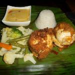 Suffed Chicken (Cordon Bleu style) with white sauce