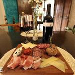 Deliciosas tablas de embutidos y quesos