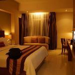 Photo de Anggrek Shopping Hotel