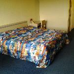 Motel 6 LAX_Rm628-2