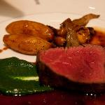 Filet de boeuf with red wine jus