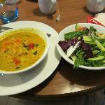 chickpea curry and salad