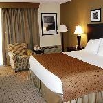 Singe Bed Guest Room