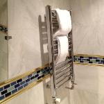 Heated towel rail (turned off cause it was pretty warm)
