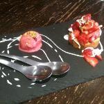 sablé pistache avec fraises au poivre