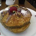 whole grain banana blackberry pancakes