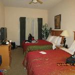 2 Queen bedroom of 2 bedroom suite