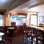 Blue Oaks Lounge