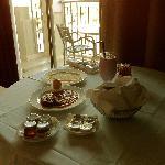 Frühstück im Zimmer serviert