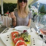 tomato mozerella salad
