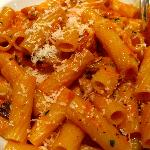 Rigatoni tossed with grilled chicken, mushrooms and red peppers