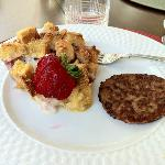 Strawberry French-Toast with Sausage