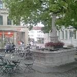 Restaurants and cafés close to the hotel