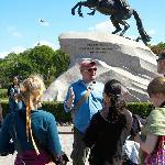 Free walking tour, the Bronze Horsman
