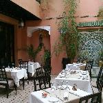 Restaurant open to the stars