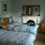 Twin room at front of house but very quiet.