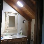 Bathroom in White Mtn. Room