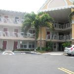 ‪Extended Stay America - Fort Lauderdale - Cypress Creek - Andrews Ave.‬