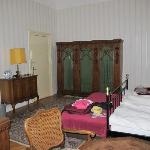 Room P, double, with W/C and shower, on courtyard side (quiet)