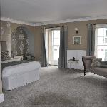 Best Western Lansdowne Strand Hotel