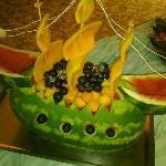 Serata con buffet di frutta e dolci