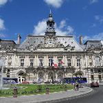 Town hall - ( Hotel du Ville )