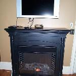 electr.fireplace and TV (Suite #3)