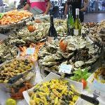 Buffet fruits de mer à volonté. Jym