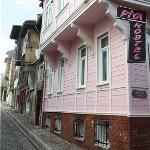 Our Hostel İs İn Heart Of The Old City İstanbul and Neighbourhood İs Authentic Place...
