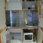 Cucinino + frigorifero + microonde