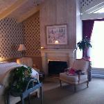 Room  - ? Honeymoon suite - room 3?