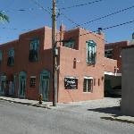 Zona Rosa from the street