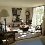 Living room - dogs enjoying the sunshine!