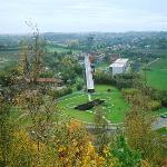 Le Pass est situé sur le site d'un ancien charbonnage réhabilité par l'architecte Jean Nouvel