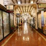 Portal en la ciudad de Venecia (Venice) con locales comerciales en la Tampa Ave.