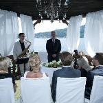 Hochzeit im Bootshaus direkt über dem See