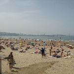 playa cerca del aparhotel (Bastiagueiro)