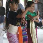 children learning local dance at the hotel