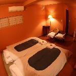 """""""和室S""""トイレ付きの1~2名様向けのお部屋です。13時まで御滞在できます。Japanese large twin room(for1~2 person/with a private toil"""