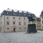 Herzogin Anna Amalia Bibliothek am Platz der Demokartie in Weimar