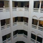 Golden Tulip Serenada Hamra - hotel interior