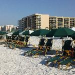 Daily beach set-up included w/rental!!!