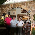 3 generasjoner Tzifakis , Manolis , Jannis og Manolis