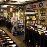 CNLiquor Store