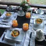 Petit déjeuner face au majestueux fleuve Mékong