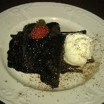 Chocolate fudge cake & ice cream